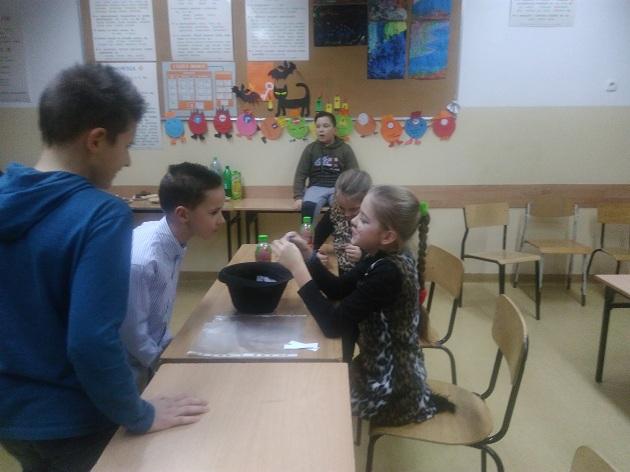 Zespół Szkół w Chorzelowie Andrzejki i mikołajki w kl. IV c
