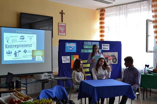 Zespół Szkół w Chorzelowie Kolejny  międzynarodowy projekt  eTwinning zrealizowany!