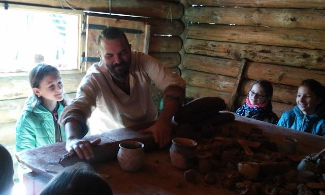 Zespół Szkół w Chorzelowie Żywa lekcja historii